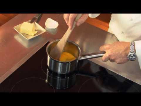 Œufs-brouillés-par-pierre-dominique-cécillon-pour-larousse-cuisine