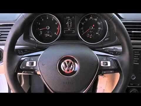 2016 Volkswagen Passat 1.8T R-Line w/Comfort Package