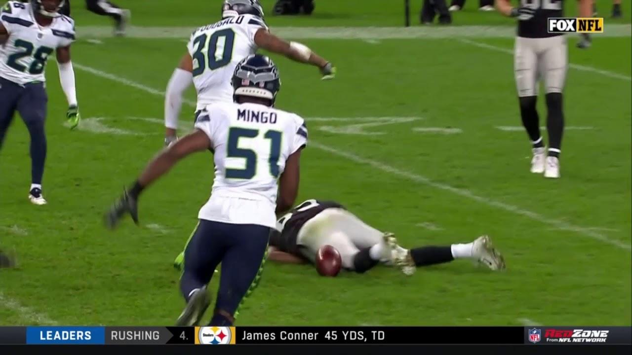 amari-cooper-knocked-out-on-huge-hit-seahawks-vs-raiders-nfl
