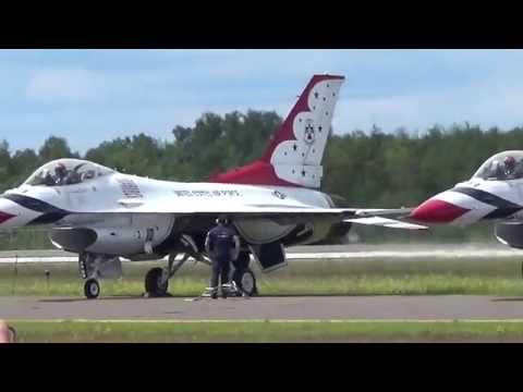 Duluth Airshow 2016 - U.S. Air Force Thunderbirds