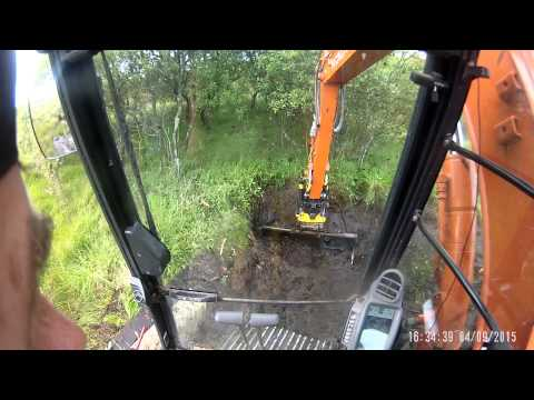 Hitachi ZX85US-5 Engcon EC209 Ditching in a peat bog.