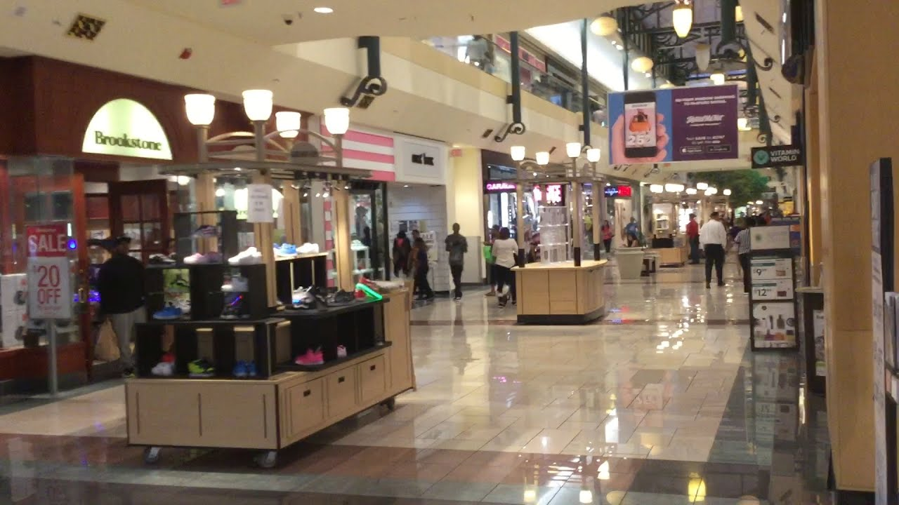 Malls In Ct >> MALL TOUR 2016 : Buckland Hills Mall (Manchester, CT ...