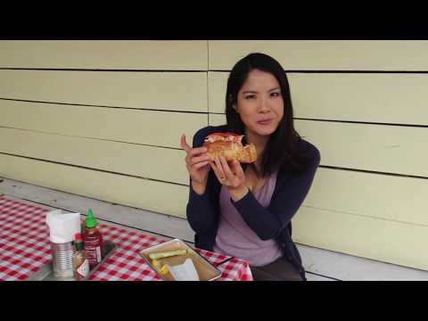 How to Make the BEST LOBSTER ROLL