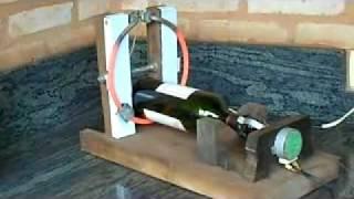 Repeat youtube video Cortando garrafas de vidro