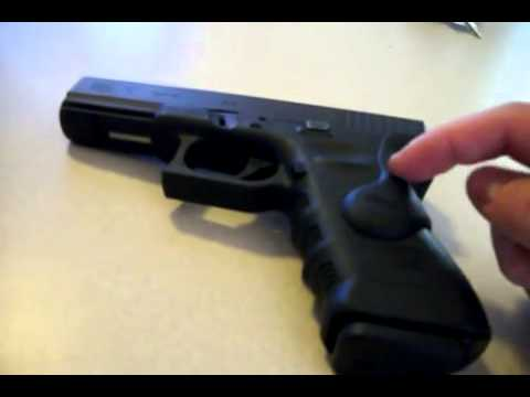 Crimson Trace Laser Grips GLOCK Quick Review Laser Grips For Glock  Glock  Laser Grip Review