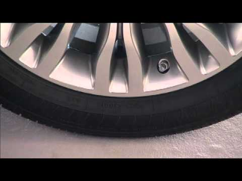 Chrysler 200 Tire Size >> 2012 Chrysler 200 Tire Jacking And Tire Changing