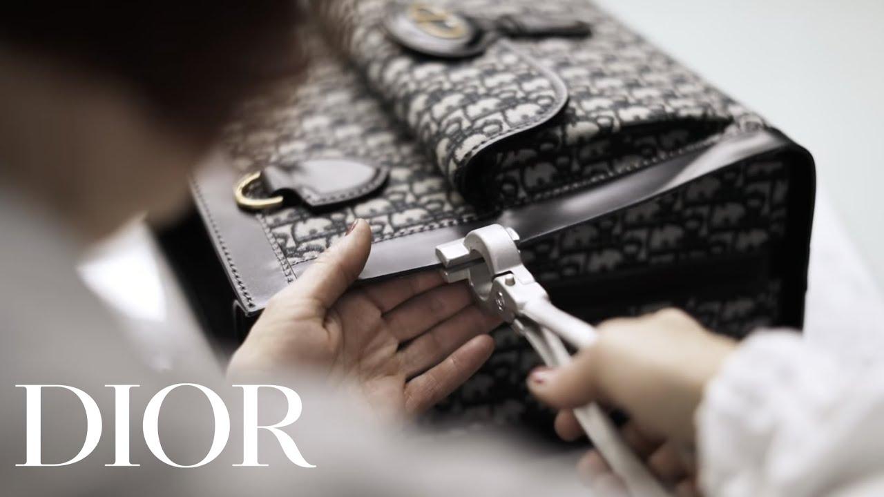 47e188d78101 Dior Oblique Tote - Savoir-faire - YouTube