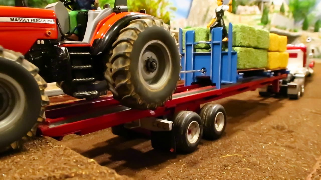 Rc Tractor Action / Hauling Hay On The Farm/ Tractors & Truck Farming With Heavy Machinery At Work