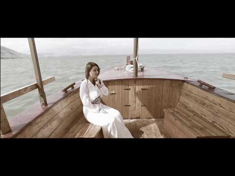 Luiza Spiridon - Singur şi străin [Official Video]