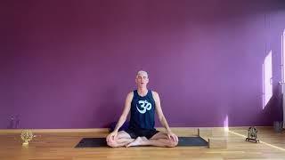 Sanftes Vinyasa Yoga mit Matthias - 55'