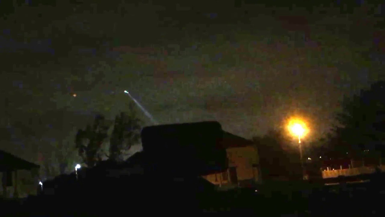 Police Scotland helicopter circling over Cambuslang using Thermal camera  and search light