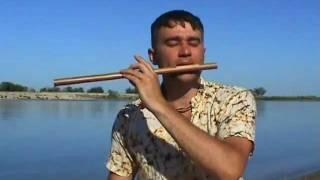 Обучение игре на этно флейте от Дайасары.1 урок ,2 часть.(В Этом видео курсе, который состоит из четырех основных уроков,Вы сможете ознакомится с основой игры на..., 2011-12-27T05:24:46.000Z)