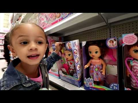 TOY HUNT At TOYS R US! Fidget Spinner And Gumball Machine | Imani's Fun World