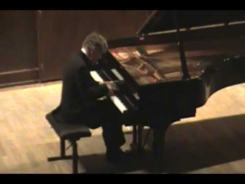 Eugen Indjic - Chopin Mazurka, Op. 7 No. 3, f-minor