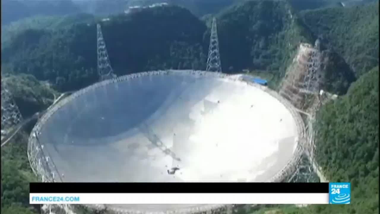 Chine : le plus grand téléscope du monde entre en service