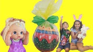 giant egg surprise opening baby alive easter egg toys kinder huevo   ovo gigante com brinquedos