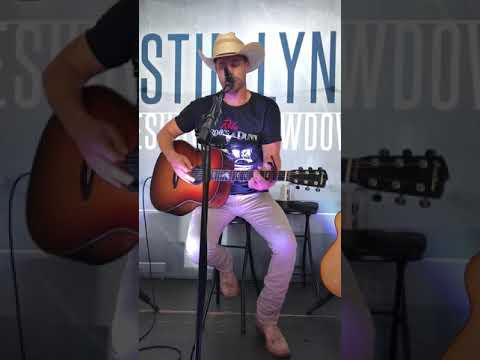 Dustin Lynch - Ridin' Roads 7/20/19