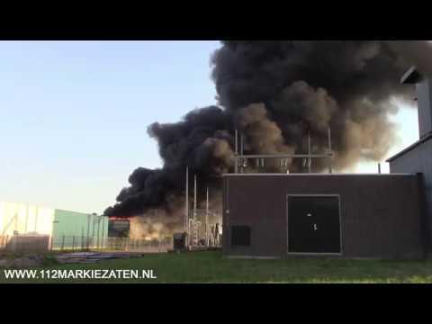 Hulpdiensten massaal ter plaatse bij grote brand Bergen op Zoom
