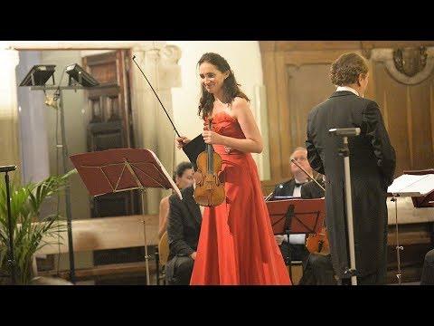 Eva León performs Piazzolla - Invierno Porteño - Buenos Aires Winter