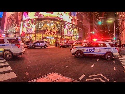 видео: Беспорядки в центре Нью Йорка. Еда. Современное искусство.