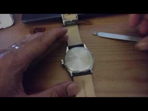 nixon how to change battery