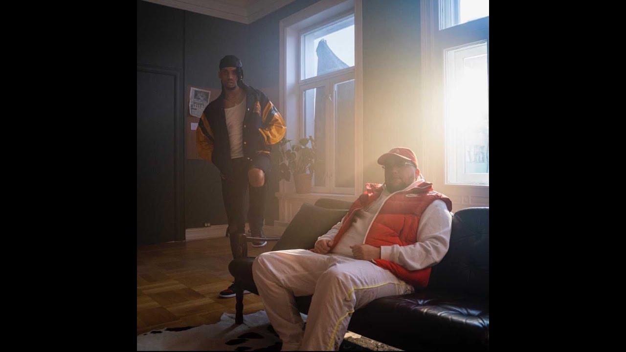 """Oscar Blesson """"ER DU DUM?"""" feat. Jonas Benyoub [OFFISIELL MUSIKKVIDEO]"""