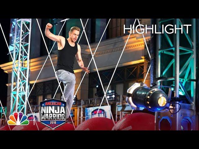 Derek Houghs Ninja Warrior Run for Red Nose Day - American Ninja Warrior 2018