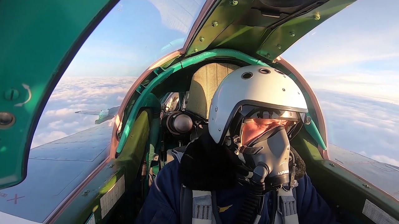 Воздушная дозаправка истребителей-перехватчиком МиГ-31БМ