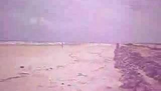 Download Video AWEK TELANJANG BOGEL TEPI PANTAI...tak ayah tgk ..acah jer.. MP3 3GP MP4