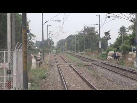 """Front panto action"" First run of 22838 Ernakulam Hatia Weekly Superfast with Vijayawada WAG7!!!"