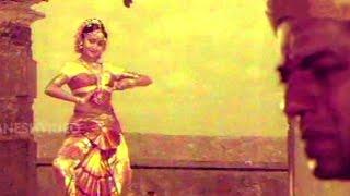 Ananda Bhairavi Movie Songs  - Koluvaithiva Rangasai - Girish …