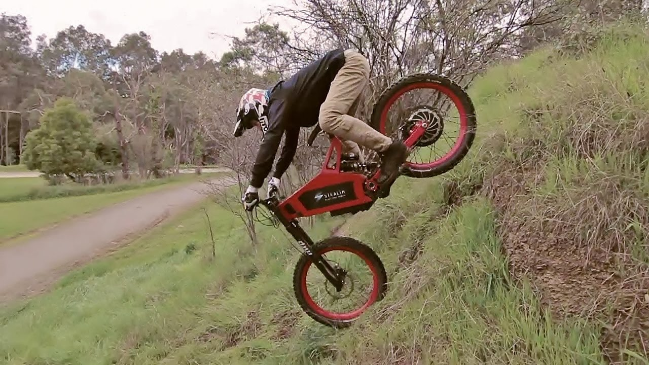 jarryd mcneil 39 s first run on the stealth b 52 electric. Black Bedroom Furniture Sets. Home Design Ideas