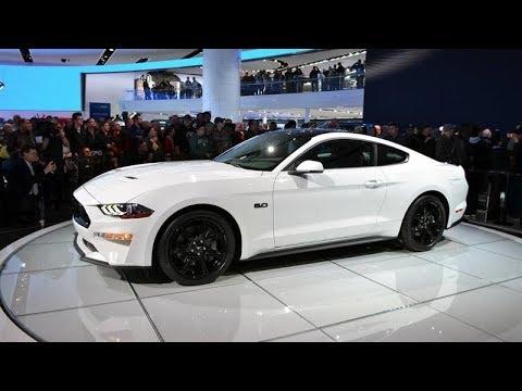 Ford Mustang GT Premium | --
