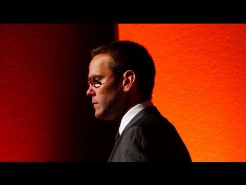 James Murdoch quits BSkyB to save hacking scandal damage