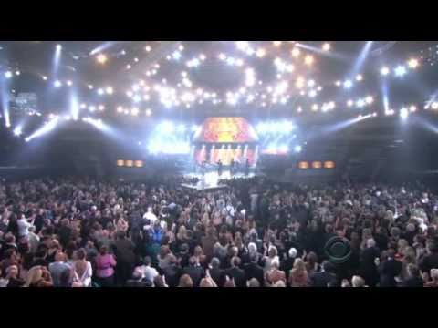 Brad Paisley - Old Alabama (Live at the 46th Annual ACM Awards 2011)