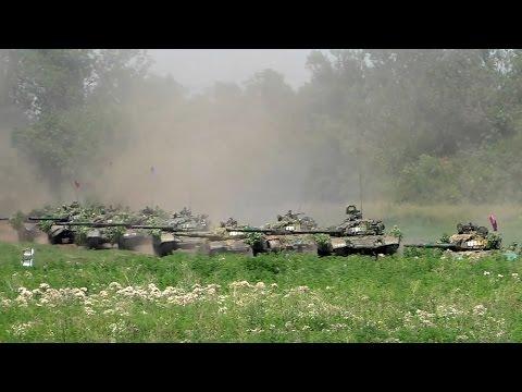 Танковая мощь Новороссии...