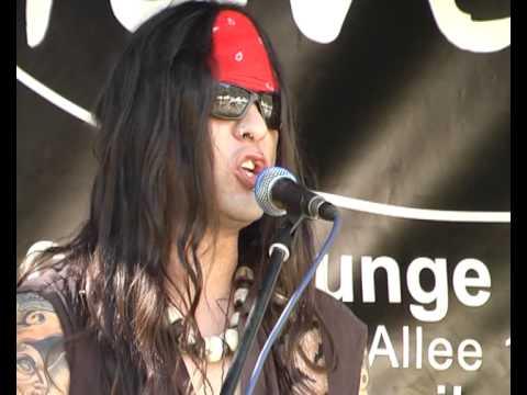 Kurone Pump den Bass (Live feat.Enno One) von YouTube · Dauer:  6 Minuten 18 Sekunden