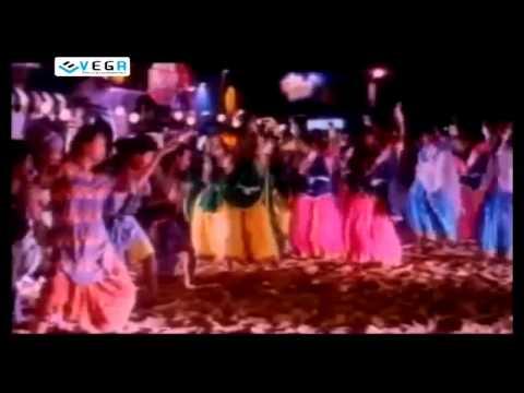 Maga Rayudu Movie Songs - Aku Chusthe Kalakatha Song