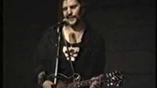 Watch Steve Earle Close Your Eyes video