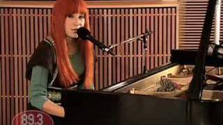 Tori Amos - Silent All These Years