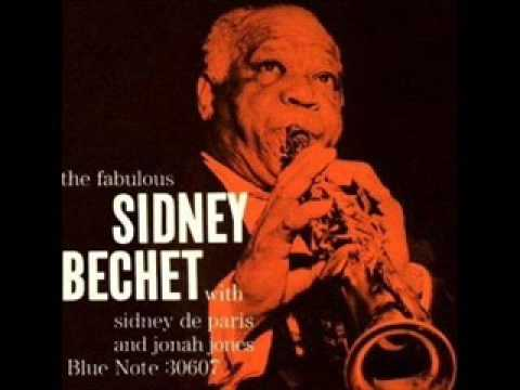 Sidney Bechet - Blues My Naughty Sweetie Gives To Me