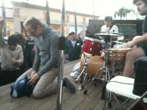 60 Watt Kid @ Long Beach BuskerFest 2010