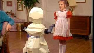 Small Wonder - V.I.C.I Meets Another Robot [Clip]