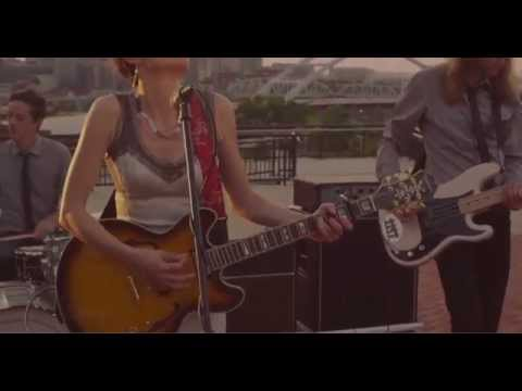 Kate Tucker and the Sons of Sweden - Looking Around