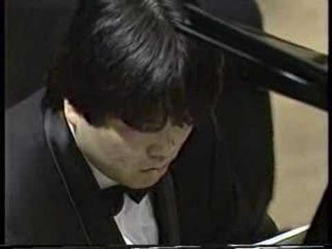 Xénakis: Synaphaï (1969)/ H.Ooï(p), M.Inoue(dir) 2/2