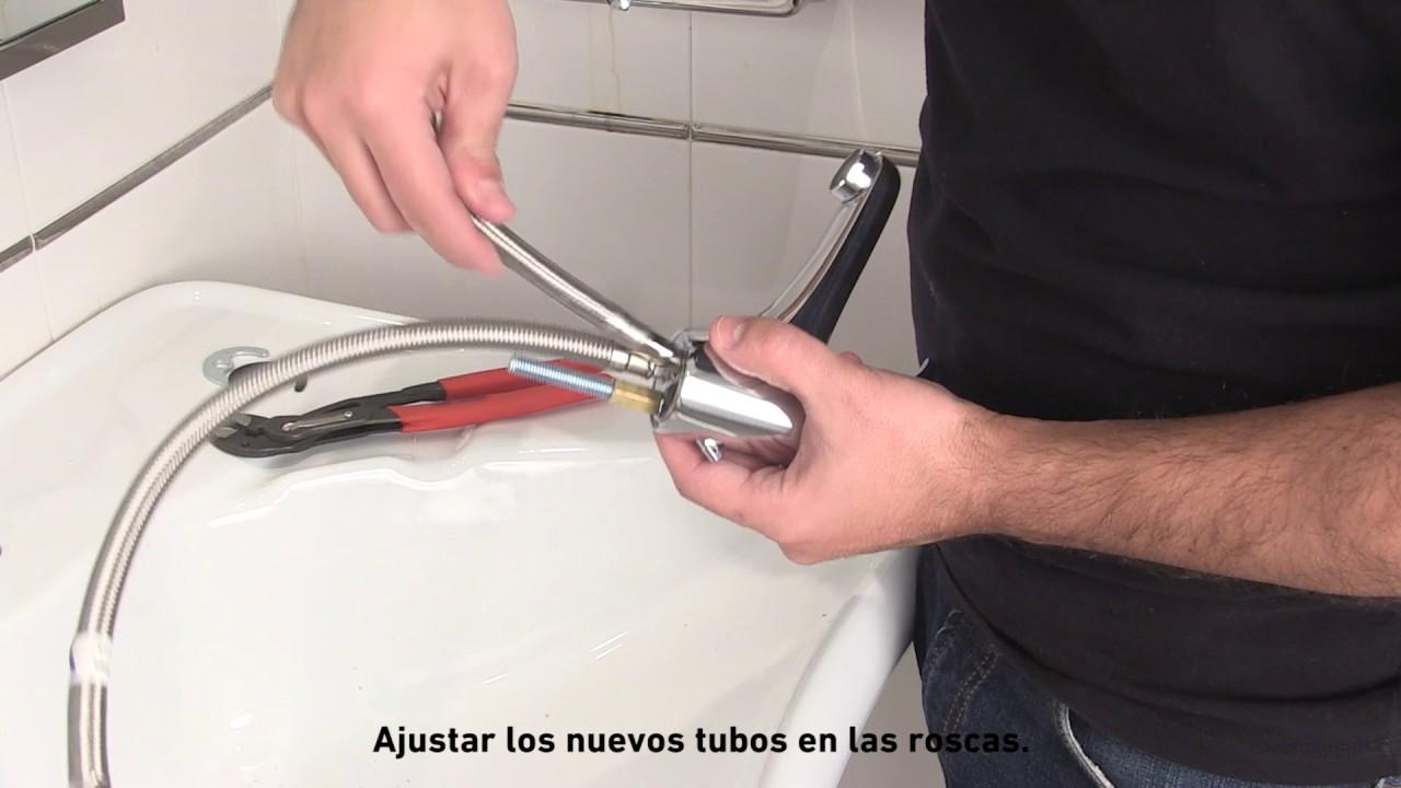 C mo cambiar un grifo de la cocina o lavabo youtube for Como cambiar un grifo de cocina