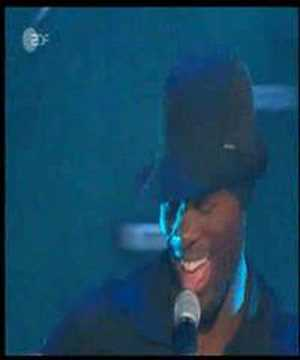 Sarah Connor feat.Naturally 7 Music is the Key @ Wetten Dass