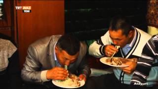 Kırgız Yemeği Beş Parmak Böyle Yenir - Kırgızistan TRT Avaz
