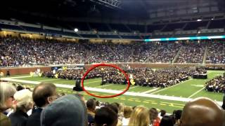 ᴴᴰ Muslim Praying during Graduation in front of THOUSANDS