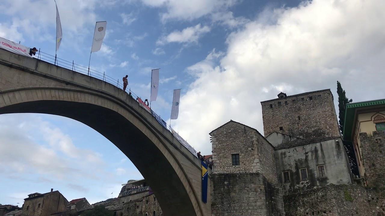 Rezultat slika za Lorens Listo ponovo šampion u skokovima sa Starog mosta: Izjednačio rekord Emira Balića